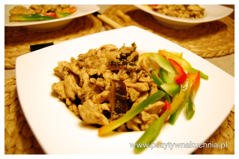 Imbirowy kurczak z grzybami shiitake