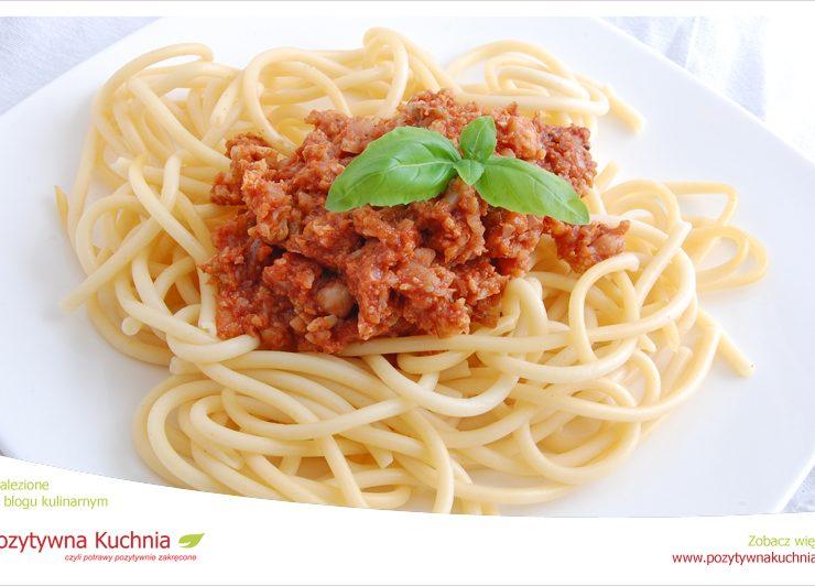 Spaghetti z pastą z zielonego kalafiora