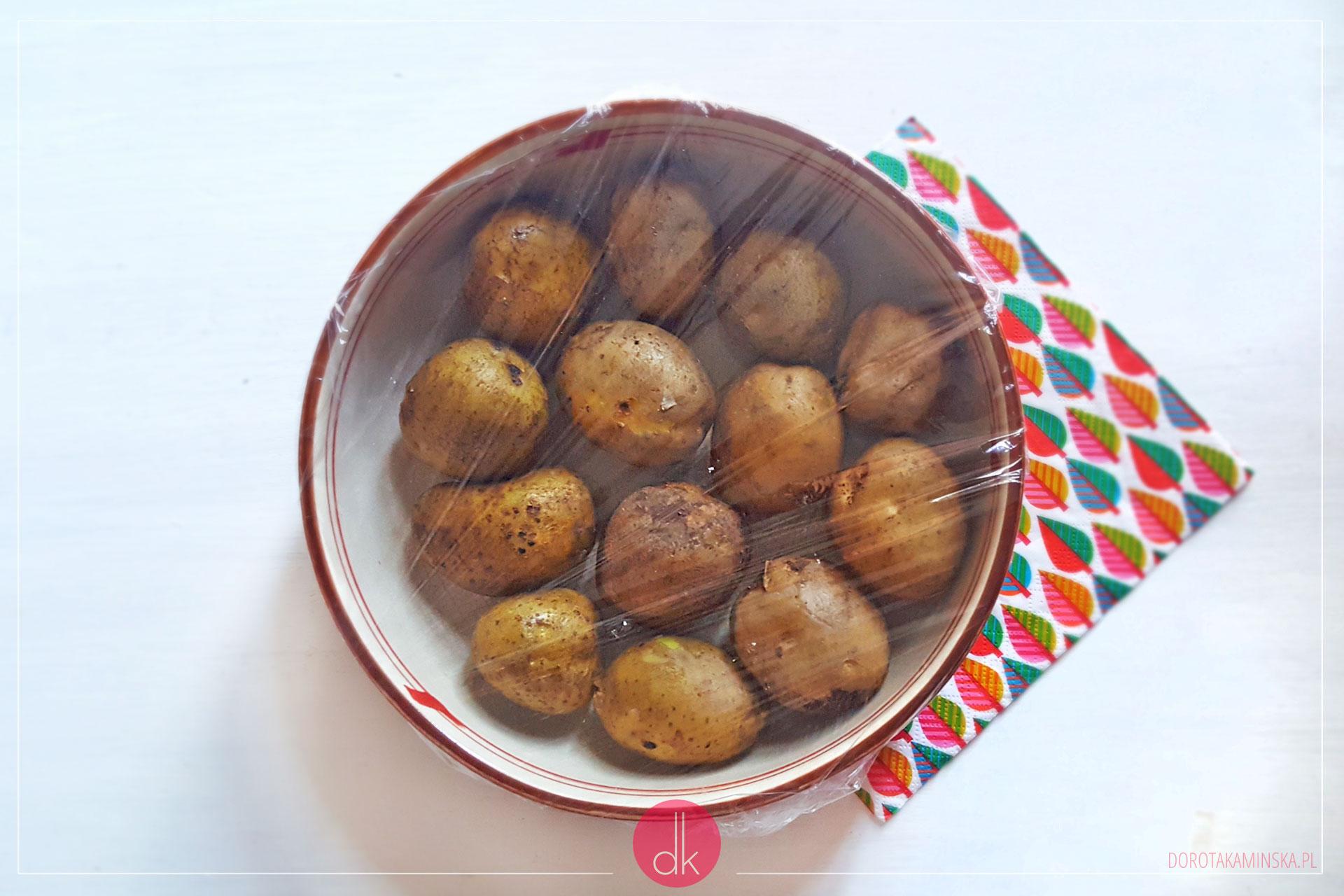 Jak ugotować ziemniaki w kuchence mikrofalowej