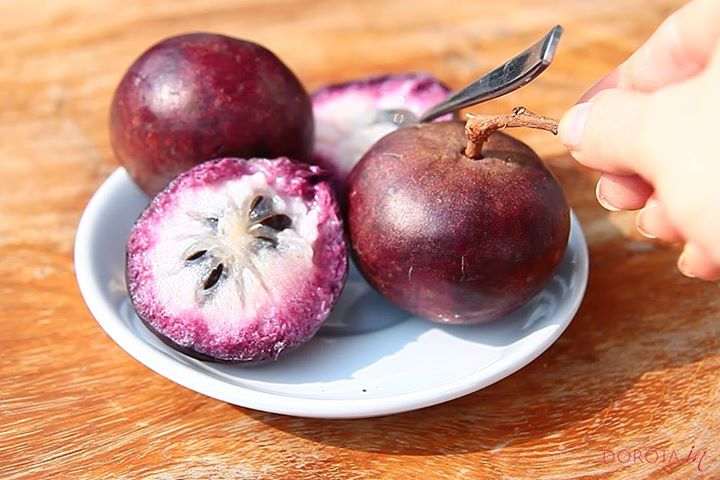 Gwiezdne jabłko - star apple